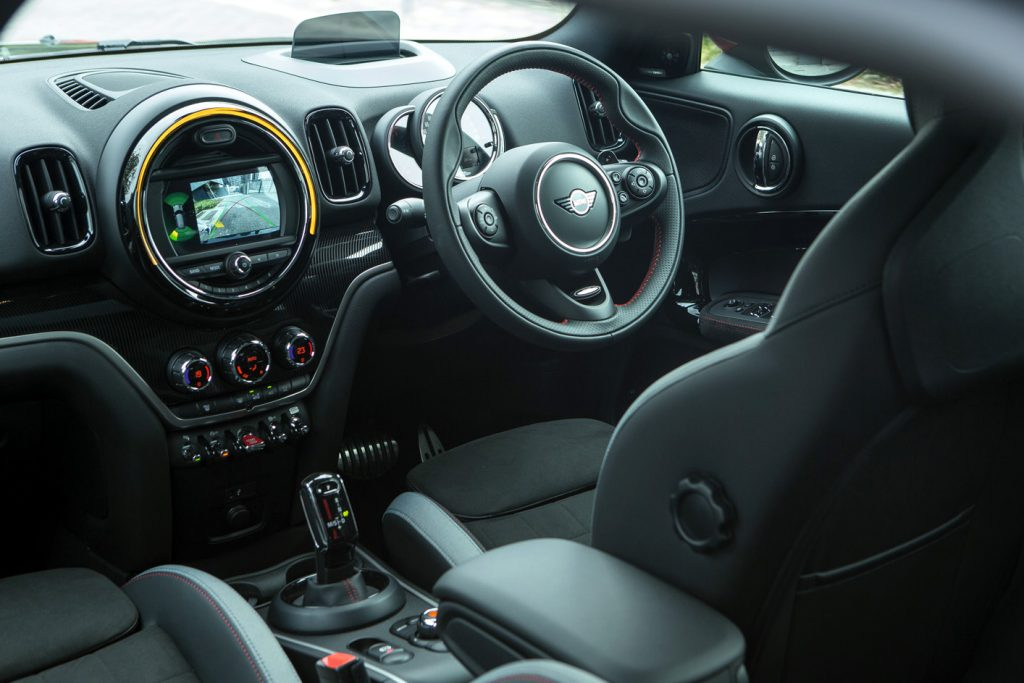 MINI, MINI COUNTRYMAN, MINI COUNTRYMAN JOHN COOPER WORKS, COUNTRYMAN JCW,