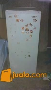 freezer Sanyo Hf-S6l bekas