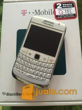 Blackberry Onyx 2 white