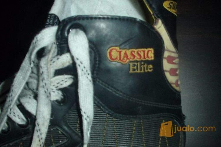 harga Sepatu Ice Skating : BAUER Supreme Classic Elite (Size 43) Jualo.com