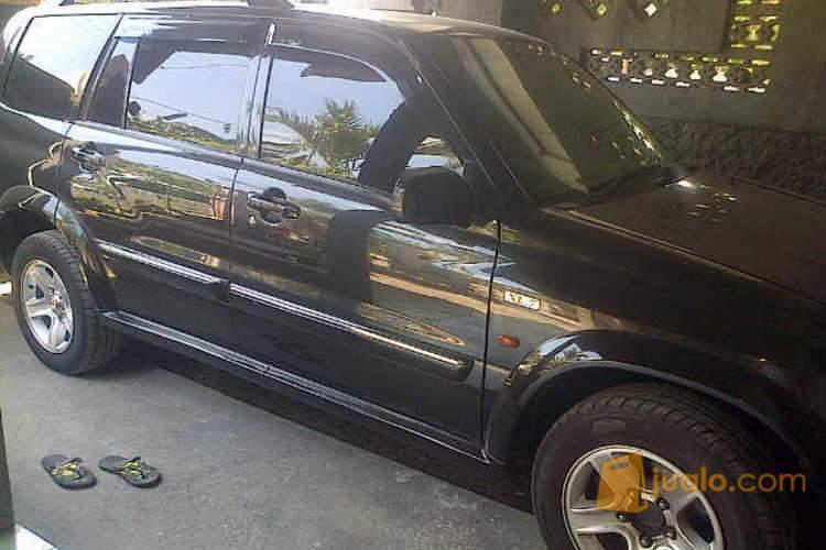 harga suzuki grand escudo xl7,taon 2005,hitam keren,original,istimewa sekali Jualo.com