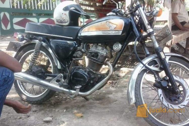 harga jual CB mesin motor honda GL 100 tahun 1984 Jualo.com