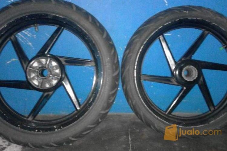 harga Velg lebar motor scorpio z atau bisa buat vixion Jualo.com