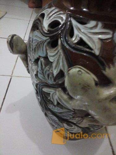harga Guci Keramik antik Cicak Jualo.com