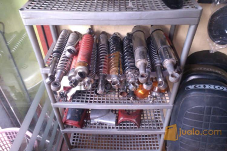 harga Aksesoris motor honda cb100,90z dan c70 copotan murah2 aja Jualo.com