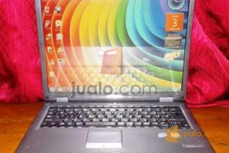 harga LAPTOP TOSHIBA J72 CORE2DUO T8100 2.1 GHZ RAM 2GB HDD 160GB Jualo.com