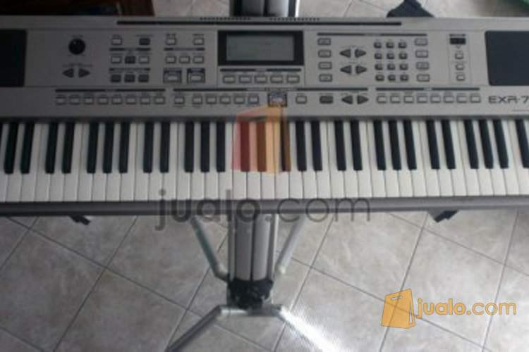 Keyboard Second ROLAND EXR 7
