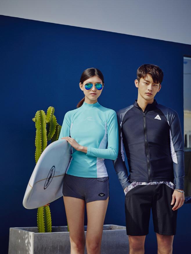 Seo In-guk swimming suit