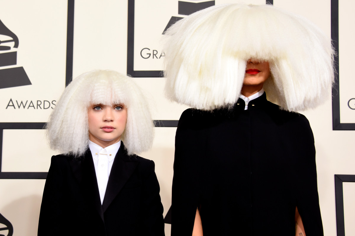 Sia And Maddie Ziegler Are Making A Movie LOfficiel