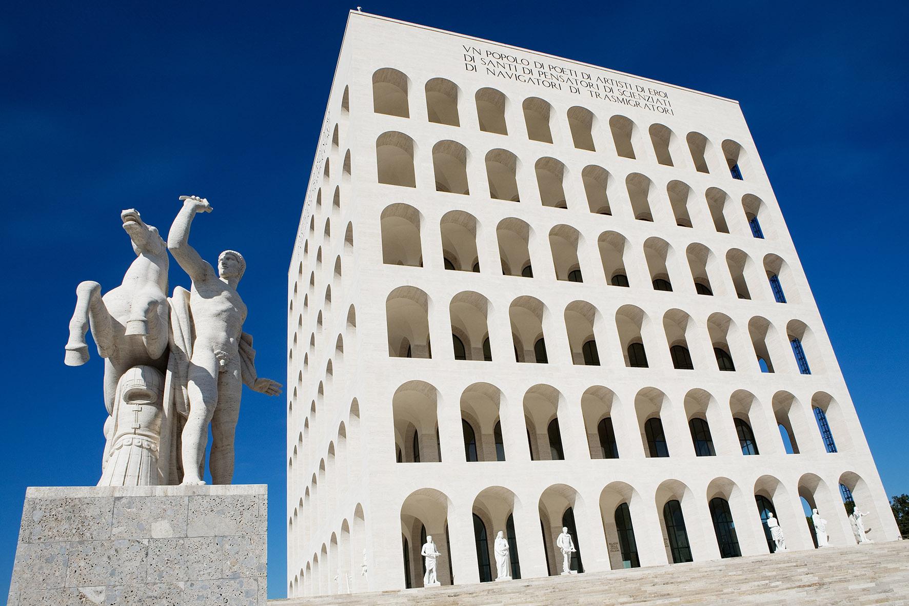 Fendi reveals brand new headquarters in rome l 39 officiel for Palazzo della civilta italiana fendi