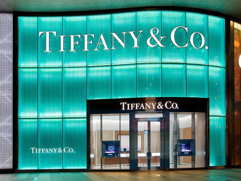 Tiffany-ION-Orchard-Duplex-Facade-at-night_IMG_3930