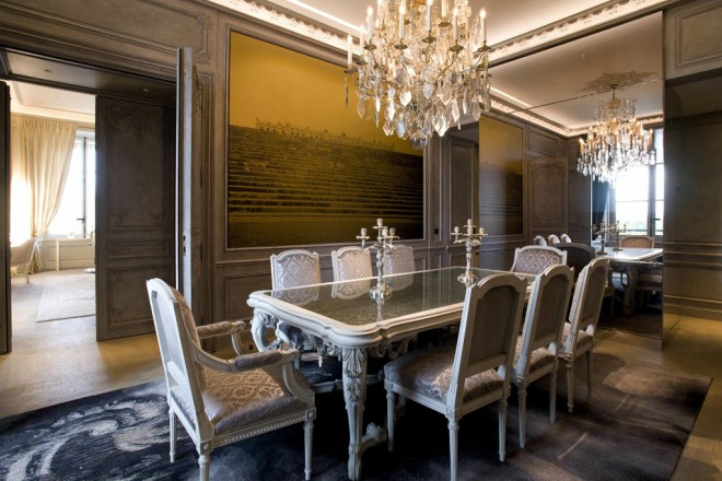 iconic hotels in paris revamped h tel de crillon opens at. Black Bedroom Furniture Sets. Home Design Ideas