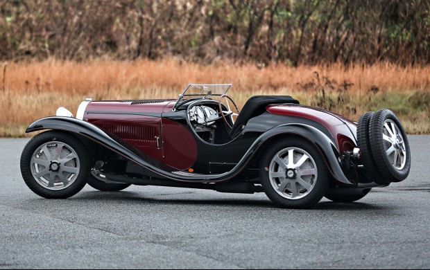 an air of elegance: bugatti type 55 - luxuo