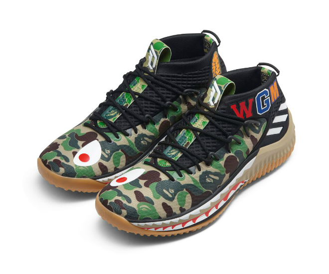 Comfortable texture lining with camo-print insole with babe branding,  signature Damian Lillard
