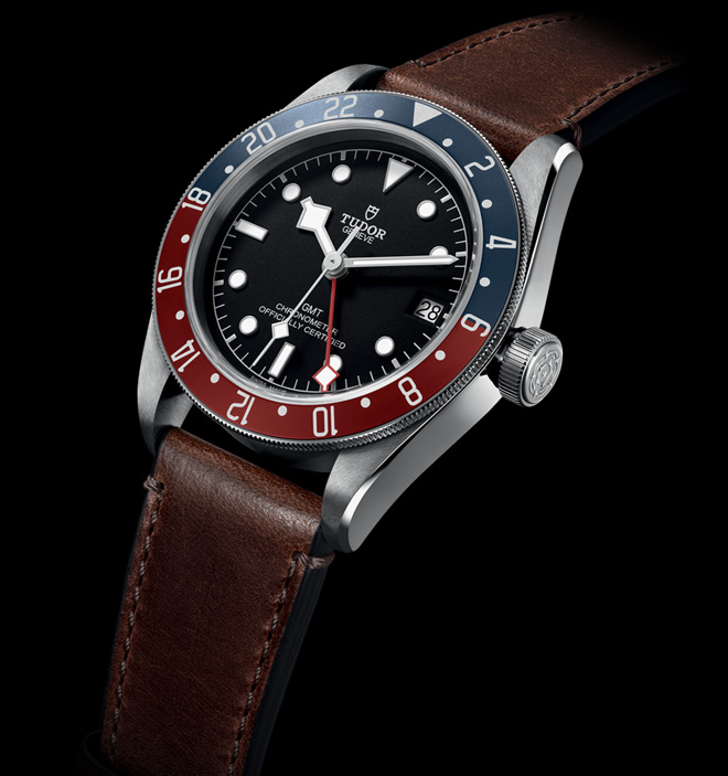 The twelve daylight hours are printed on the burgundy section and the night-time hours on the blue enhance the new Tudor Black Bay GMT's neo-vintage qualities