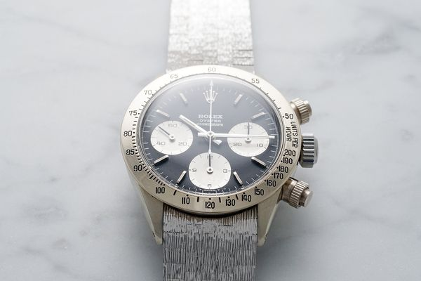 The unique vintage white gold Rolex Daytona is equipped with a black sigma dial
