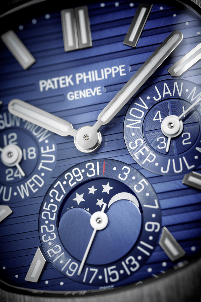 Since its debut, the Patek Philippe Nautilus has been a time only watch with a choice of two or three hands, over its history, it's since added a power reserve, annual calendar and even a revolutionary new mono-dial chronograph. The Baselworld 2018 Patek Philippe 5740/1G_001_DET is a high complication perpetual calendar, the first in the collection.