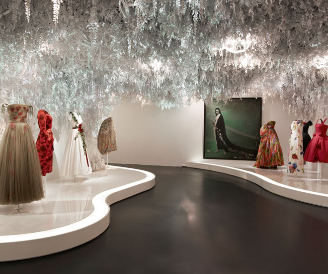 Christian-Dior-exhibit-18