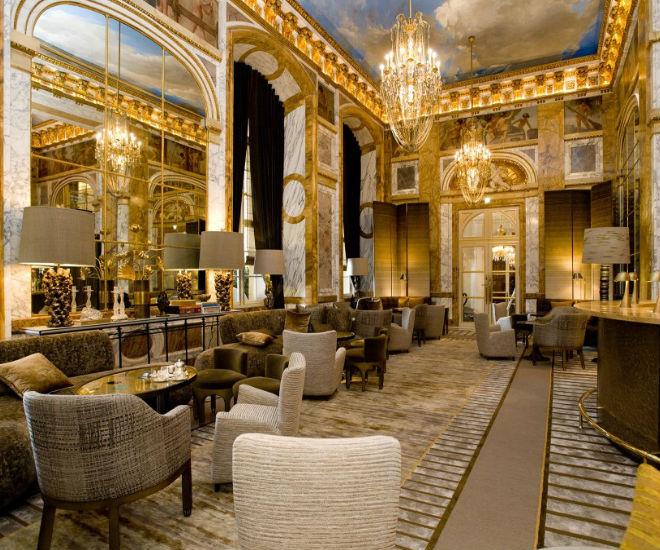 Hotel-de-crillon-featured