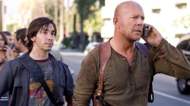 Film Die Hard 4.0: Live Free or Die Hard (IMDb)