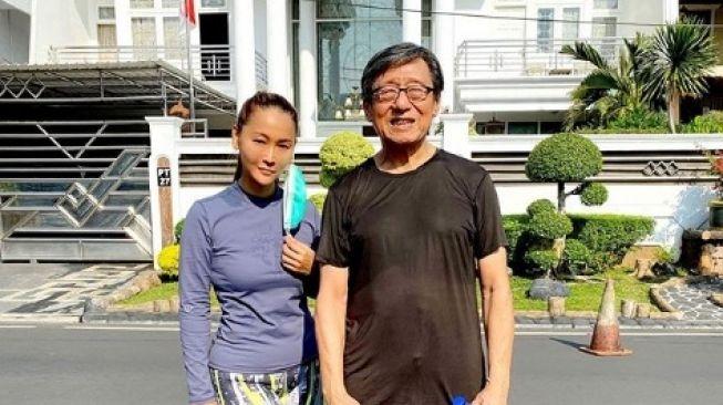 Inul Daratista dan guru bela diri tai chi [Instagram/inul.d]