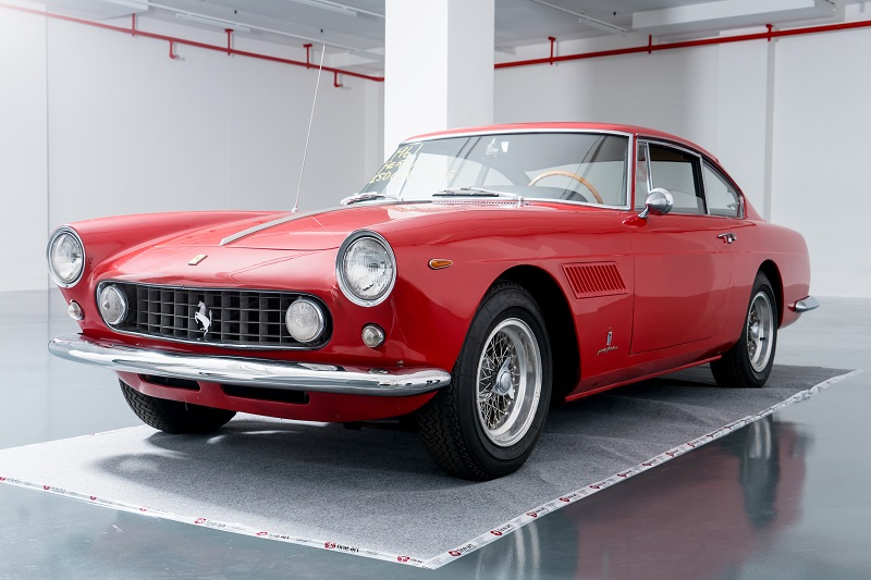 Ferrari 250 GTE On Sale At Online Marketplace Luxglove