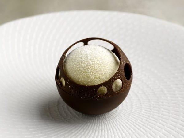 Saint Pierre_Chocolate_Passionfruit_credit Edmond Ho