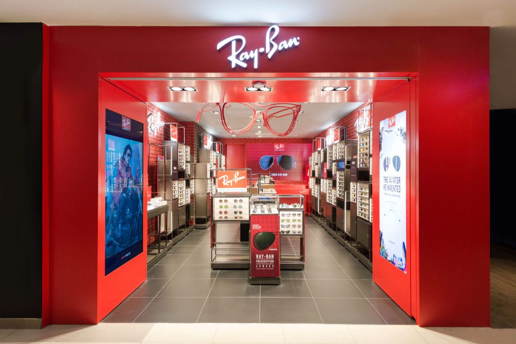 5 Specials of Singapore's First Ray-ban Store