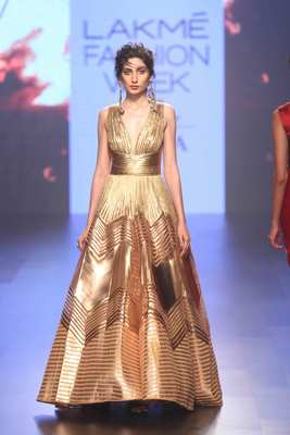 Image 2: Amit Aggarwal, Monaco from the heart of Kashi: an unconventional bridal collection, 2017. Image Courtesy of Amit Aggarwal and Elevate Promotions