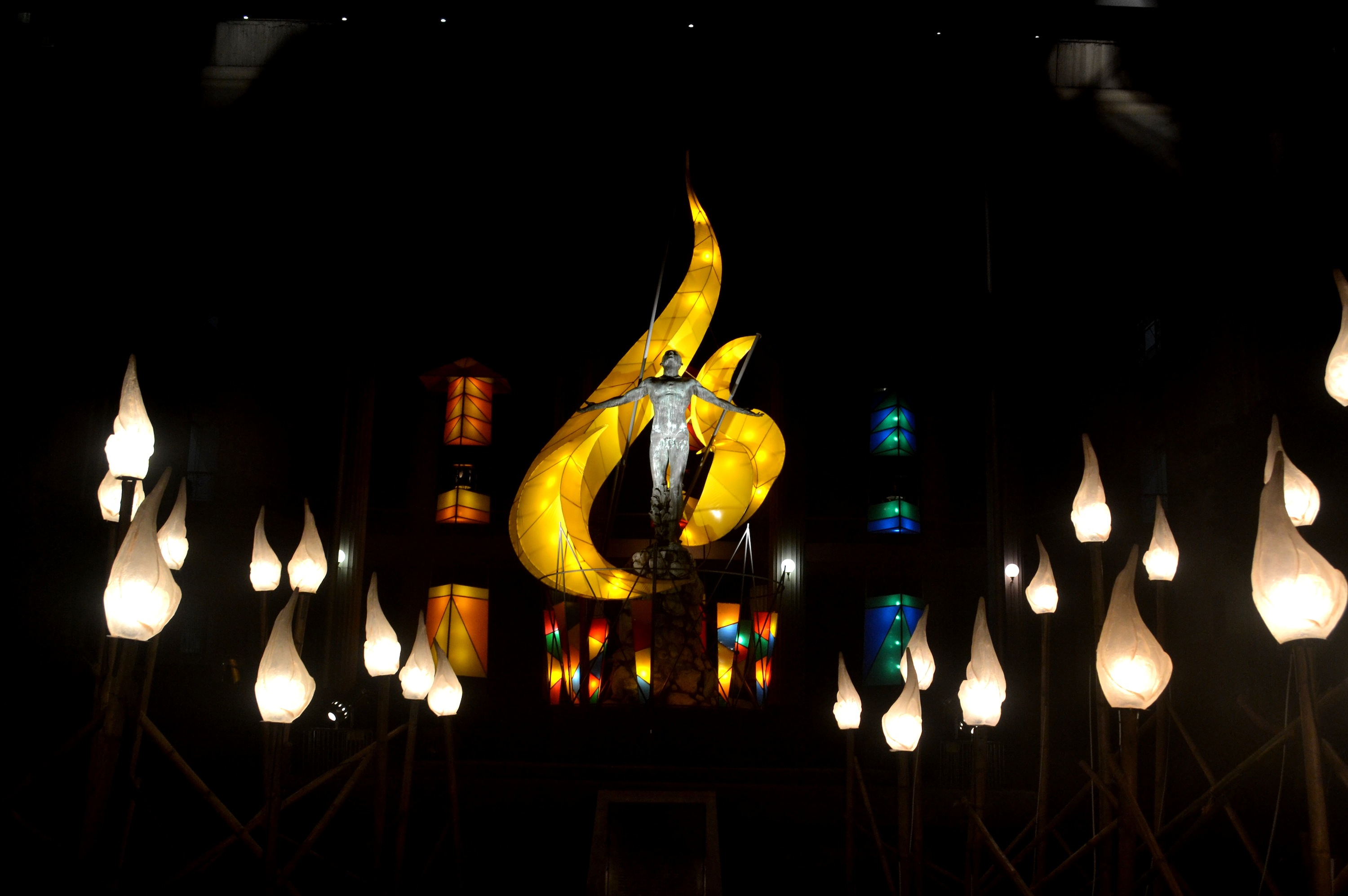 multi awarded painter and sculptor created the lighting effects of the oblation plaza in up awesome lighting