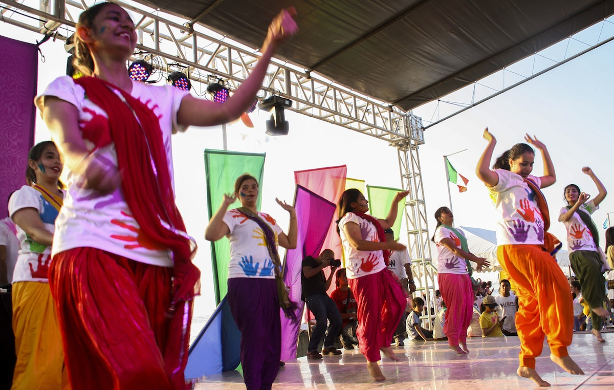 cuisines at Holi Festival 2016, March 20  Lifestyle: InterAksyon.com