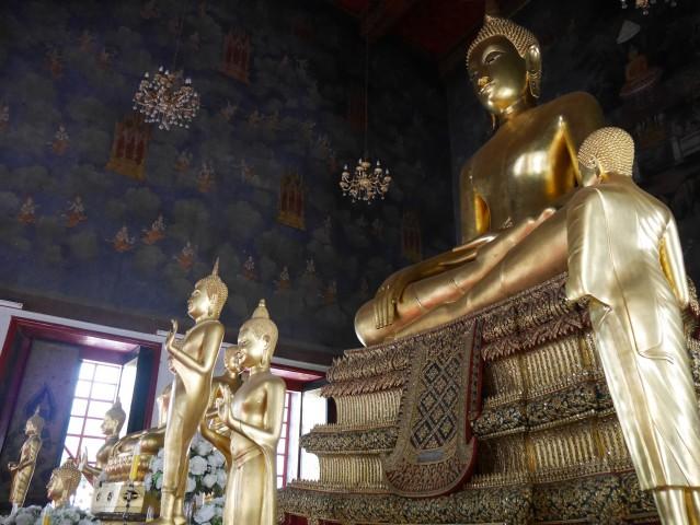Temple in Bangkok, Thailand. Photo by Jona Branzuela Bering for InterAksyon.com.