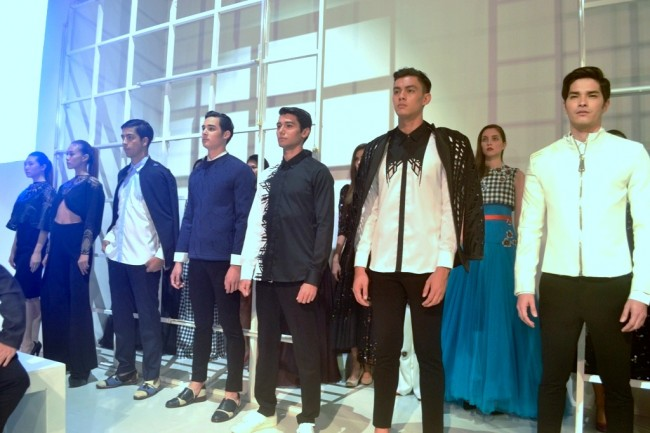 Models wear creations by top Filipino designers at Fashion Exchange International, July 7, 2016. Photo by Romsanne Ortiguero, InterAksyon.com.