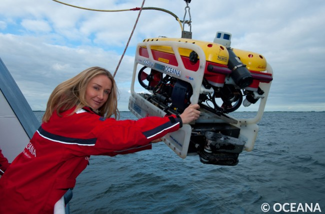 Conservation advocate and Oceana senior adviser Alexandra Cousteau helps with the Remote Operating Vehicle (ROV) in Oceana's Baltic Sea Expedition II onboard the Hanse Explorer. June 2012. Photo by Carlos Suarez/Oceana.
