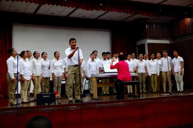 The De La Salle Santiago Zobel Choir perform OPM songs for patients of the AFP Medical Center, August 4, 2016. Photo by Bernard Testa, InterAksyon.