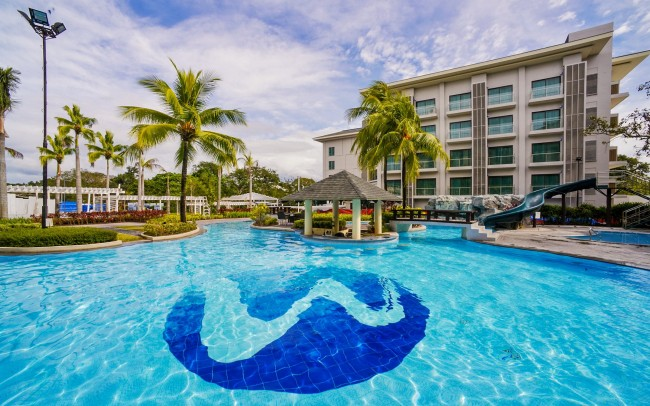 View of the hotel's pool and Tower 2. Photo courtesy of Widus Hotel and Casino.
