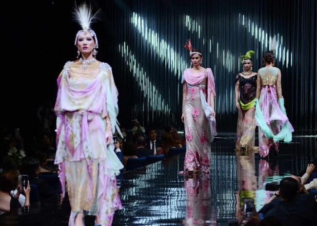 Models present creations by Chito Vijandre, the featured designer of this year's Red Charity Gala held at The Shang at The Fort, October 8, 2016. Photo by Peter C. Marquez, InterAksyon.