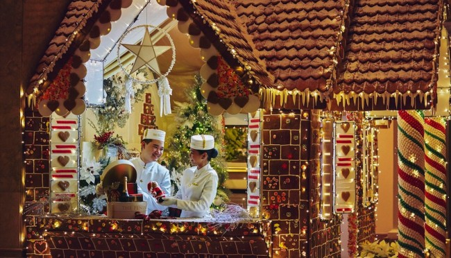 The hotel's good-to-eat Gingerbread House. Photo courtesy of The Peninsula Manila.