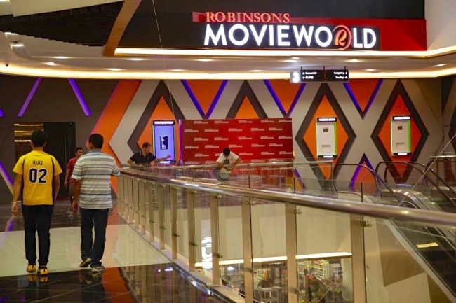 Robinsons Place Tacloban adds more theaters with the opening of Robinsons Movieworld its Expanded Mall, December 8, 2016. Photo by Bernard Testa, InterAksyon.