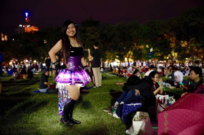 A cosplayer and student enjoy the festive atmosphere at the yearly Paskuhan. This year's event was celebrated last December 16, 2016. Photo by Bernard Testa, InterAksyon.