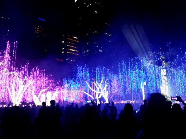 Don't miss out on this year's lights and sounds show of Ayala's Festival of Lights event, which has become Makati City's Christmas tradition. Photo by Romsanne Ortiguero, InterAksyon.