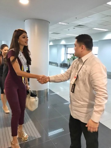 DOT Asec Mercado also greeted Miss Malaysia Kiran Jassal during her arrival at the NAIA Terminal 3, January 12, 2017.  DOT photo.