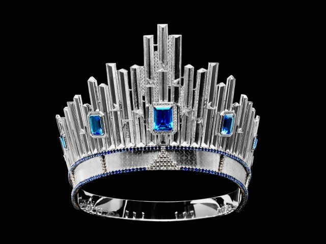 Miss Universe 2015 Pia Wurtzbach's majestic diamond crown estimated to be worth US$300,000, produced by renowned Czech company DIC (Diamonds International Corporation). Wurtzbach wore the original crown (and not a replica) during her homecoming parade in Manila on January 25, 2016. Photo courtesy of the Embassy of the Czech Republic.