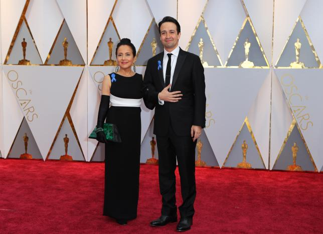 Actor Lin-Manuel Miranda and his mother Luz Towns-Miranda arrive at the red carpet of the 89th Academy Awards in Hollywood, California, February 26, 2017 (US time). REUTERS/Mike Blake.