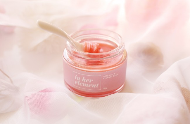 In Her Element Nourish & Cleanse Balm, Php595