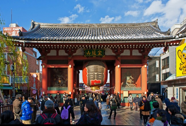 One of Tokyo's famous sightseeing areas is in Asakusa station. Among the famous spots to visit here are the Senso-ji Temple and Kaminarimon Gate. Photo courtesy of Tokyo Metro.