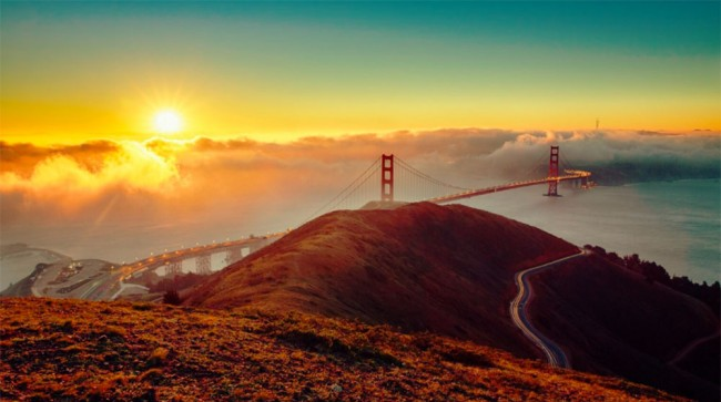 Golden Gate is one of the top destinations in California. Photo by Alex Sam.