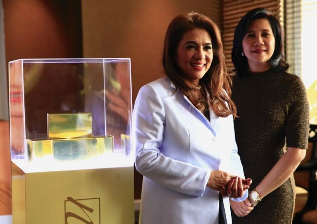 Dr. Cecilia Catapang (in photo, left), aesthetics and rejuvenation expert, and Sheila Mae Velilla, president and CEO of Nutramedica, Inc. at the launch of Novuskin Lift. Photo by Bernard Testa, InterAksyon.