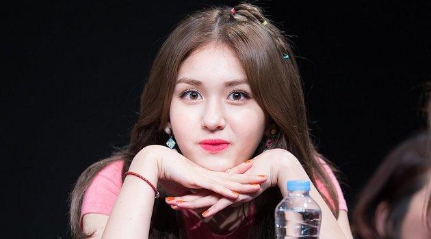 Berikan Dukungannya, Serunya Jeon Somi Tonton Konser Black Pink di Seoul