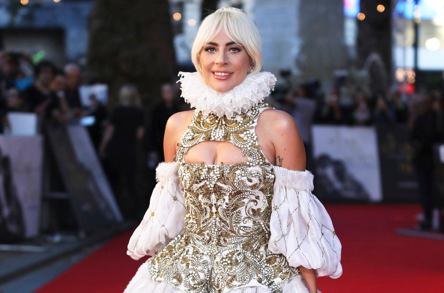 Lady Gaga Tak Bisa Pulang ke Rumah Usai Kebakaran di California